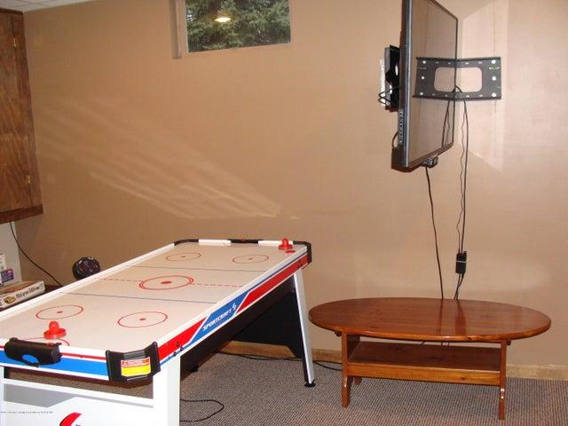 1475 Brookfield Rd - Game Room - 11