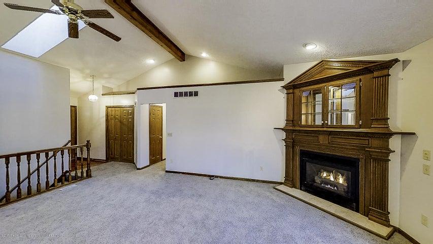 5845 MacMillan Way - Living Room - 4