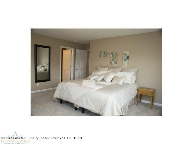 1121 Cobblestone Ct - pic 12 - 12