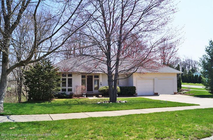 402 W Dill Dr - FRONT - 1