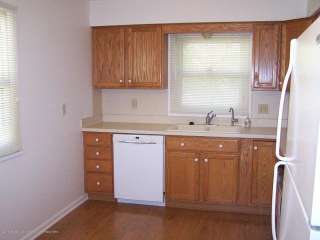 315 Lee St - Kitchen - 8