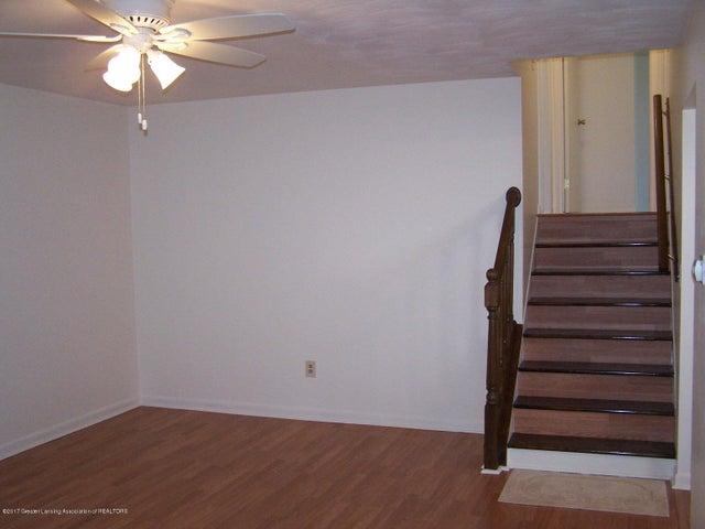315 Lee St - Living Room - 7