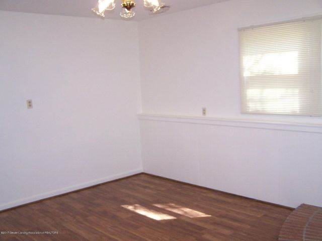 315 Lee St - BR or Family Room - 22