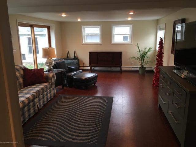 1422 W Cutler Rd - Huge Family Room - 7