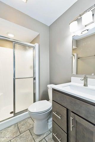 1274 Harbor Cut - Master Bathroom - 13