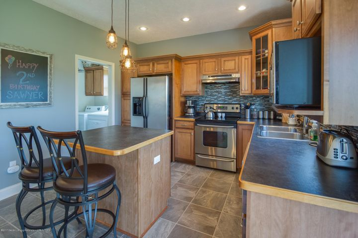 11929 Arrowhead - KITCHEN - 4