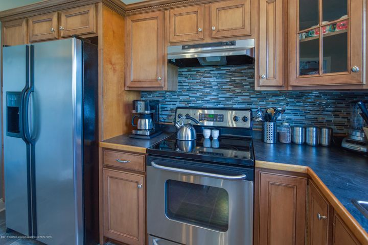 11929 Arrowhead - KITCHEN - 6