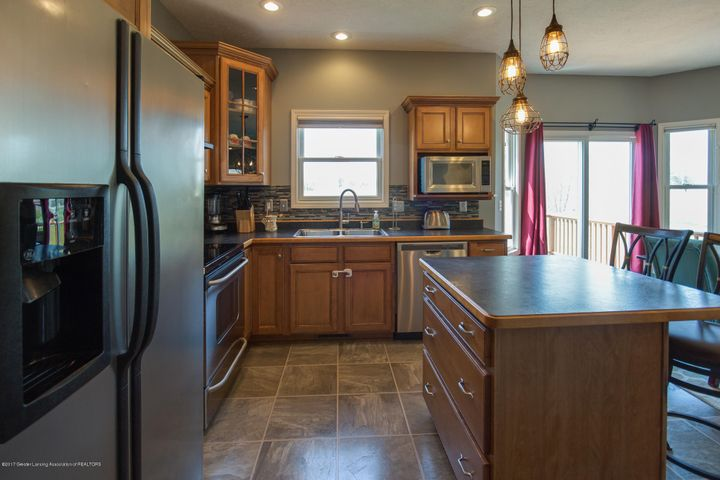 11929 Arrowhead - KITCHEN - 7