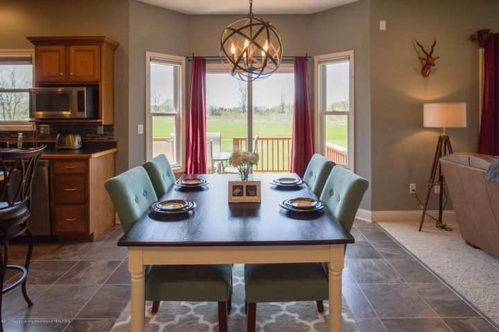 11929 Arrowhead - DINING ROOM - 14