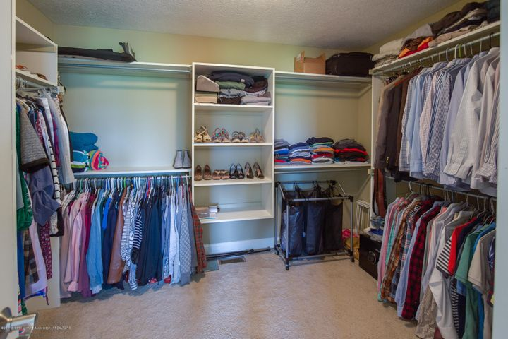 11929 Arrowhead - WALK-IN CLOSET - 39