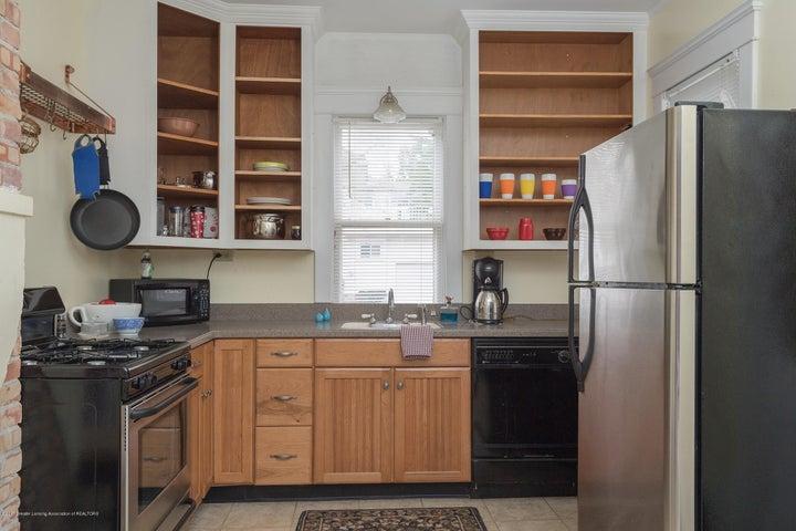 128 Horton St - kitchen - 4