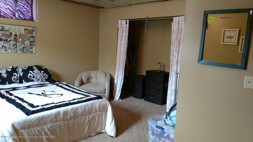 10083 Roblyn Cir - Bedroom 4.1 - 27