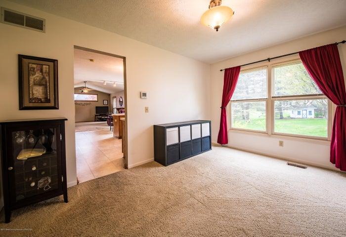 3910 Camperdown Dr - Dining Room - 11