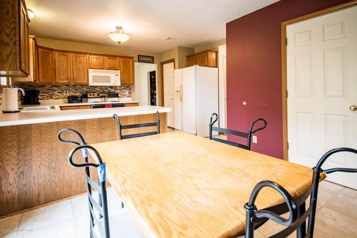 3910 Camperdown Dr - Kitchen - 14