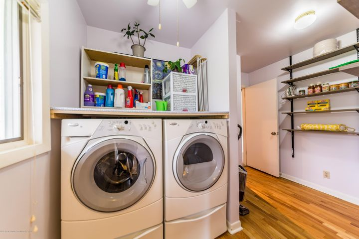 2730 Parkside Blvd - Laundry room - 19