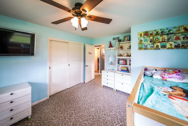 2730 Parkside Blvd - Bedroom - 12