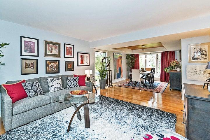 6062 Oak Park Trail - Living Room - 4