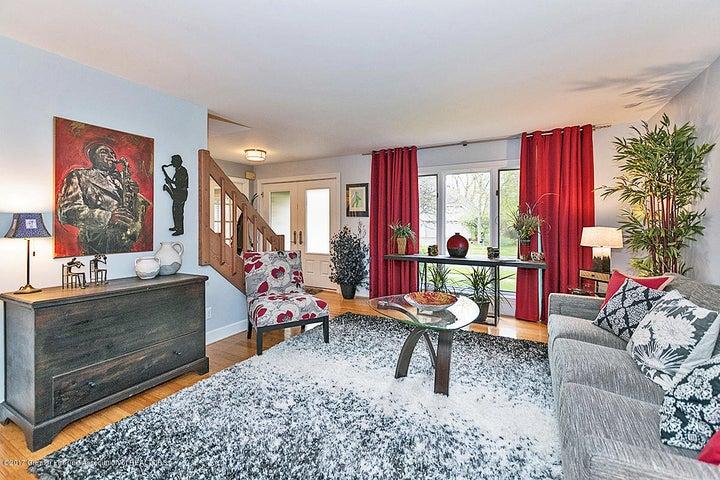 6062 Oak Park Trail - Living Room - 5