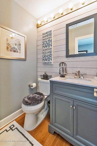 6062 Oak Park Trail - Bathroom - 26