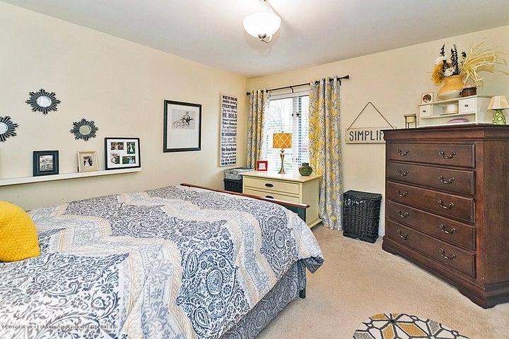 6062 Oak Park Trail - Bedroom - 33