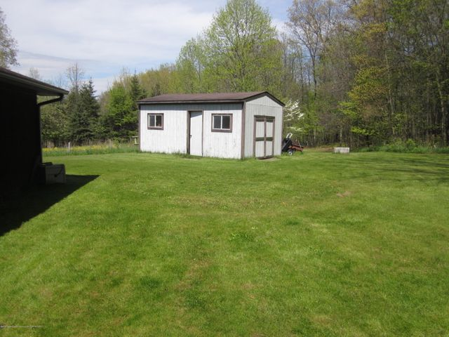 11000 Crawford Rd - Shed - 10