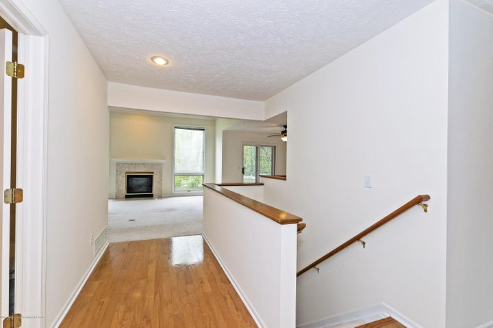 5252 E Hidden Lake Dr - Foyer - 2