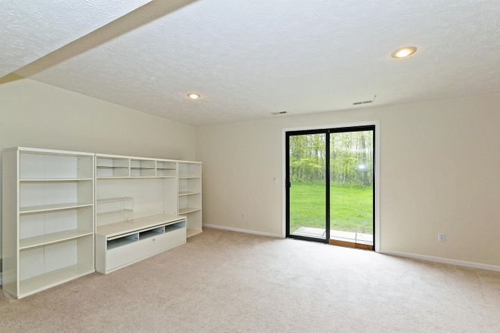 5252 E Hidden Lake Dr - Walk Out Lower Level - 21