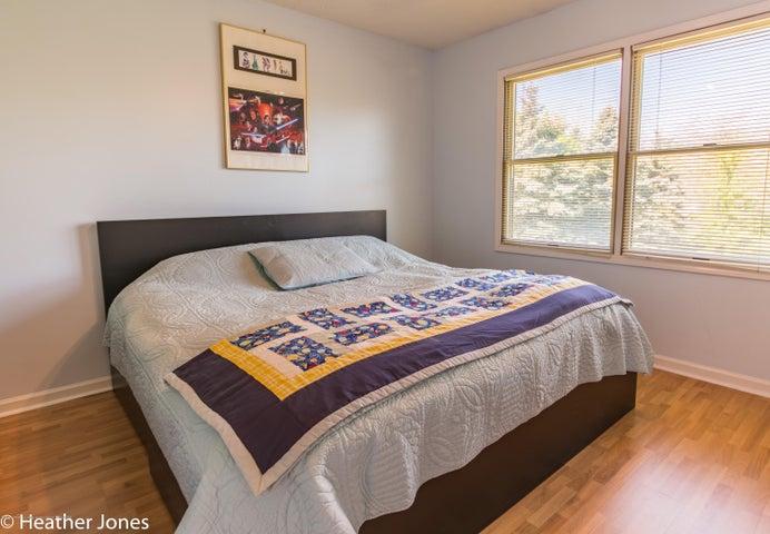 971 Harrington Ln - Bedroom 3 - 15