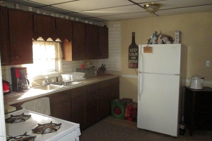 308 Hale St - 4 Kitchen - 4