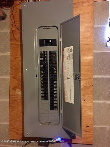 410 W Geneva Dr - Electrical Panel - 40