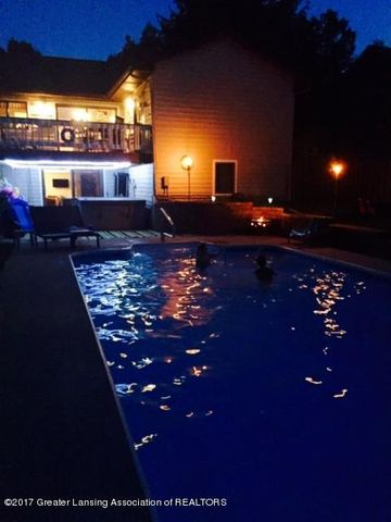 410 W Geneva Dr - Pool Night - 22