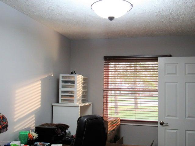 1712 Colorado Dr - IMG_1385 (2) - 21