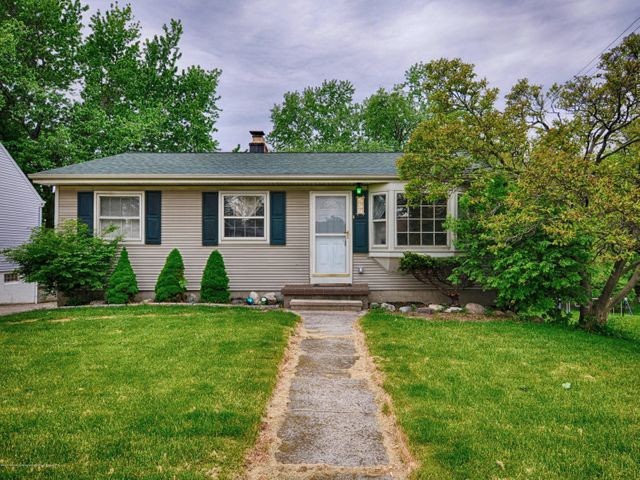 402 Hume Blvd - Front - 1