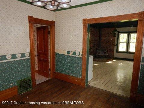 825 Jenne St - DINING ROOM (2) - 4
