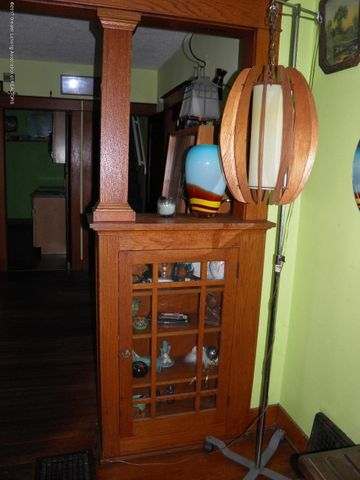 210 Virginia St - Living room - 4