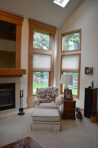3887 Crooked Creek Rd - The Living Room - 5