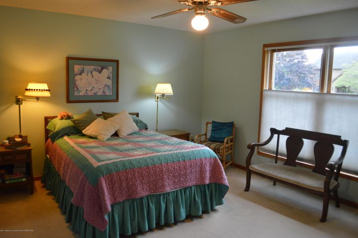 3887 Crooked Creek Rd - Master Bedroom level 1 - 8