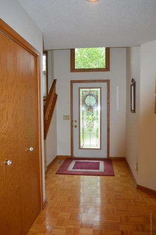 3887 Crooked Creek Rd - The Foyer - 6