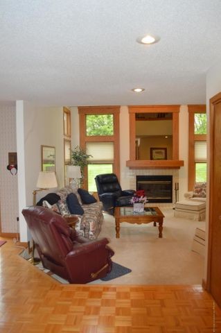 3887 Crooked Creek Rd - View into the Living Room from the Foyer - 7