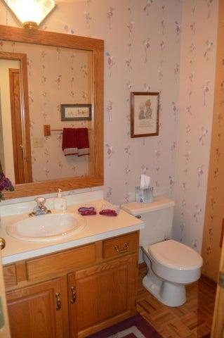 3887 Crooked Creek Rd - Half Bath - 12