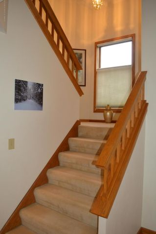 3887 Crooked Creek Rd - Stairs to level 2 - 25