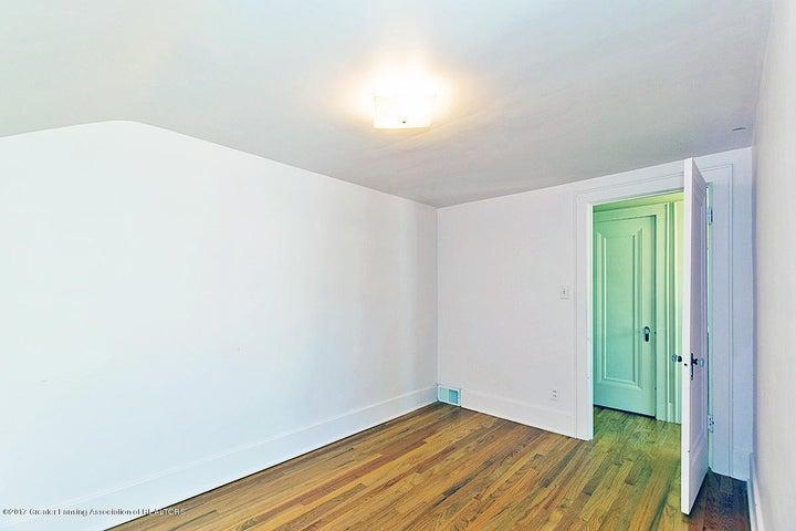 555 Collingwood Dr - Bedroom - 10