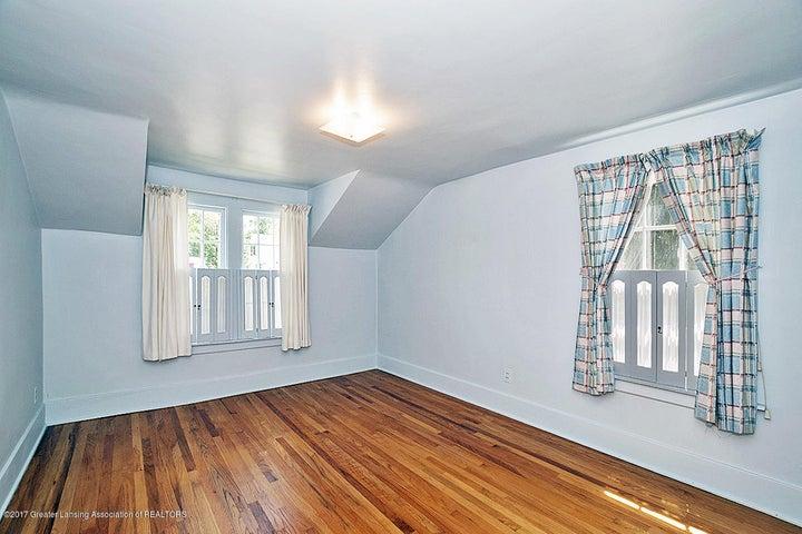 555 Collingwood Dr - Bedroom - 12