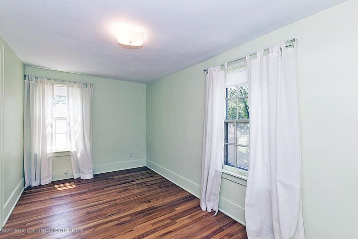 555 Collingwood Dr - Bedroom - 14