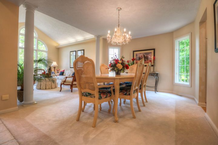 407 W Dill Dr - Dining Room - 4