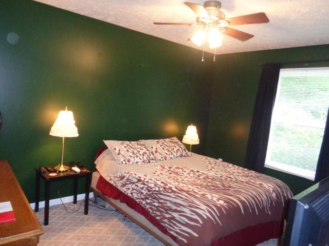727 W Miller Rd - miller bedroom1 - 7