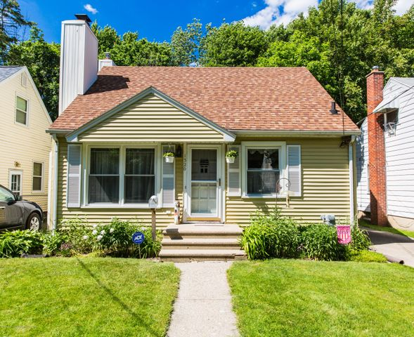 1320 Lenore Ave - 942A0045 - 1