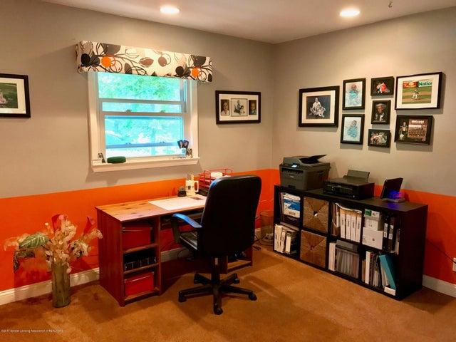 10592 Corcoran Rd - Office - 16