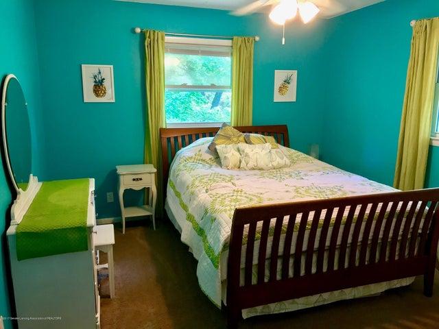 10592 Corcoran Rd - Bedroom - 19