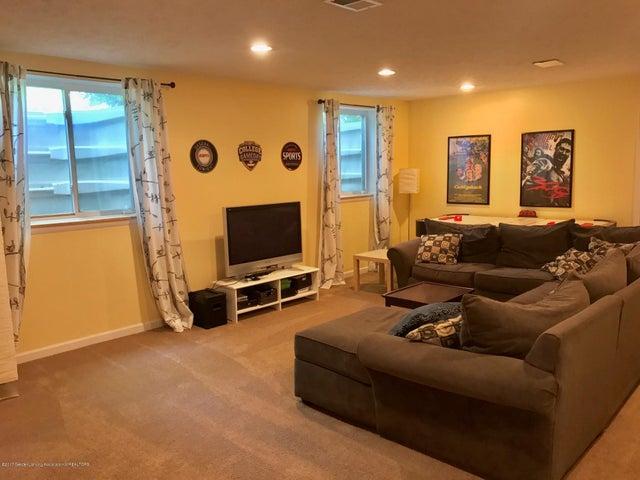 10592 Corcoran Rd - Recreation Room - 22